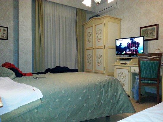 Hotel Sicilia: Camera Tripla