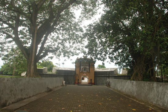 Front view of the star fort