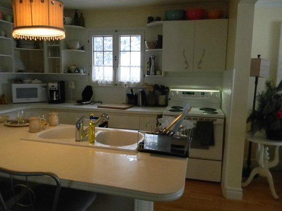 Auberge Old Chelsea : kitchen