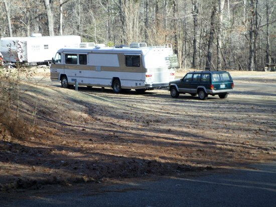 Elvis Presley Lake and Campground: Pull-through, site number 3.