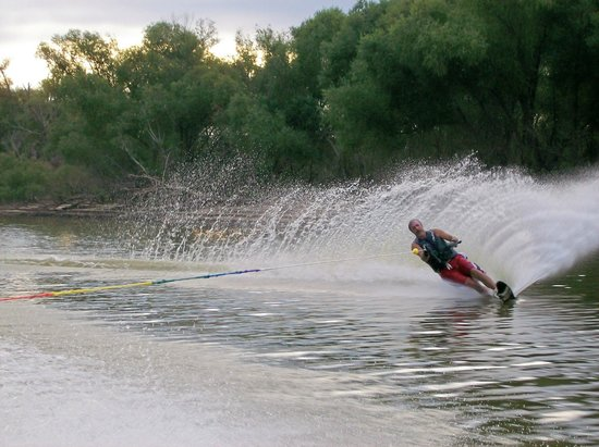 Indian Lodge Resort Lake Whitney: The Brazos River is a water skier's paradise.