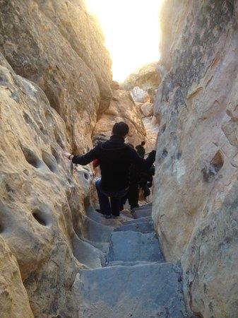 Pueblo of Acoma, Nowy Meksyk: Walking down the ancient path