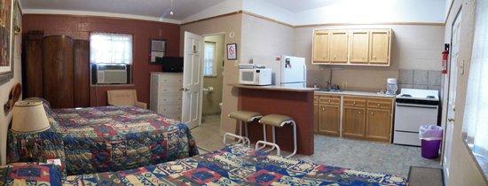 Cherokee Village Resort: Village Room 3