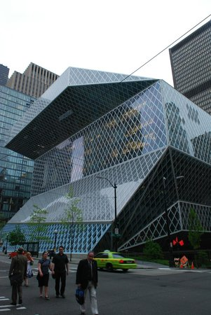 Seattle Public Library 1, photo by Mike Keenan