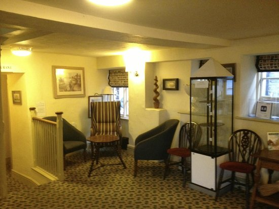 Red Lion Hotel: Lobby