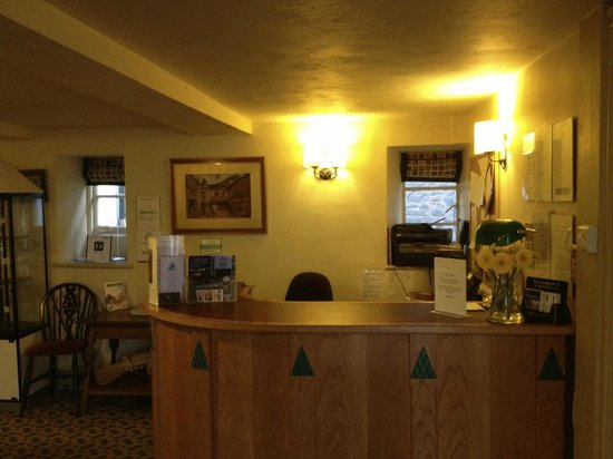 Red Lion Hotel: Check in