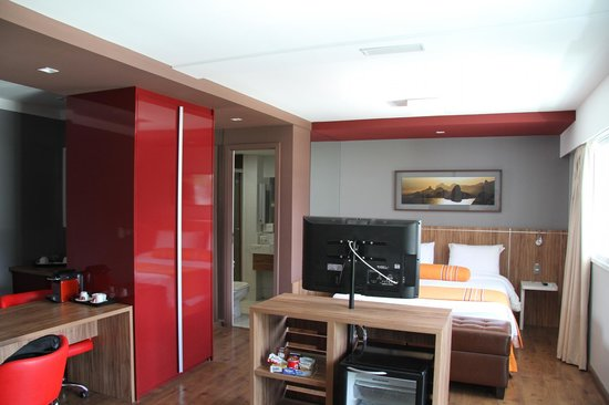 Quality Suites Botafogo: Room 1