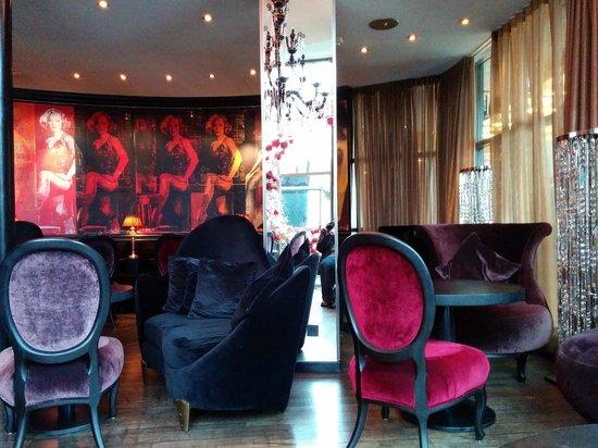 Savoy Hotel: Die Lounge.