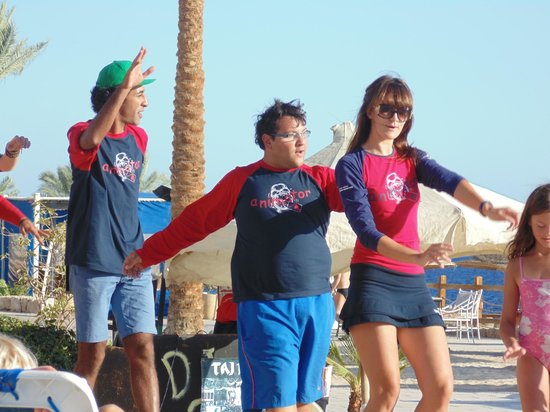 Sharm Plaza Hotel: entertainment team