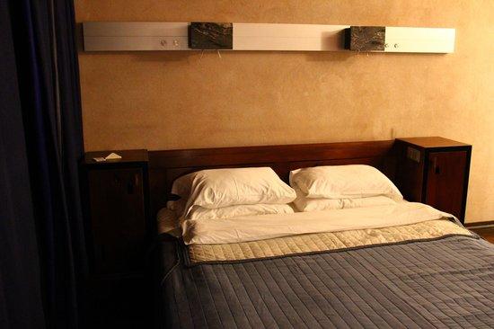 Hotel Stary: Double room (depois que solicitamos mais dois travesseiros).