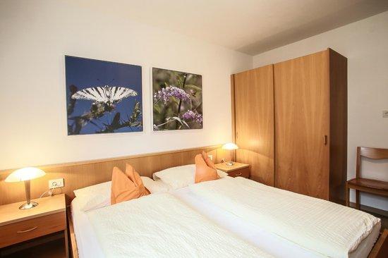 Ferienwohnungen Grazia-Dei: camera da letto