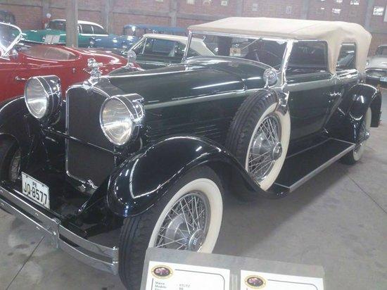 Museo del Automovil Coleccion Nicolini: este auto es unico en el mundo lo mandaron a fabricar para un aalcaldesa de Lima