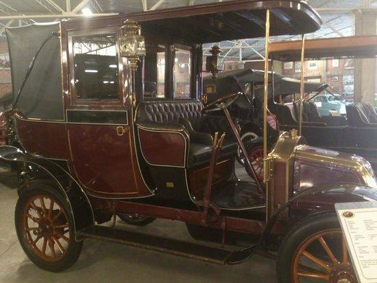 Museo del Automovil Coleccion Nicolini: inspirando en una carroza