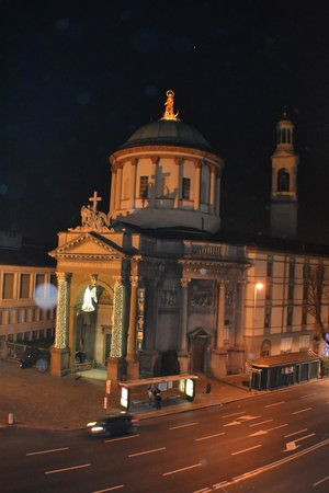 Best Western Hotel Cappello D'Oro: vista de la ventana