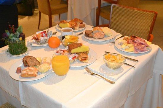 Best Western Hotel Cappello D'Oro: desayuno bufete