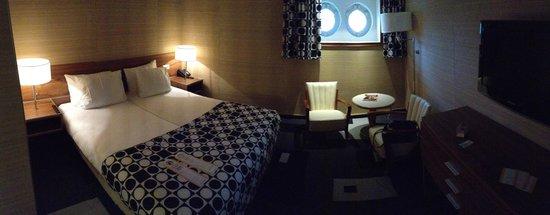 SS Rotterdam: Cabin 1042