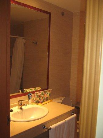 Hotel Las Olas: badkamer