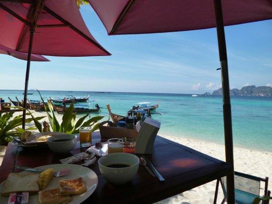 Paradise Resort Phi Phi: Petit déjeuner au paradise resort , souvenir inoubliable