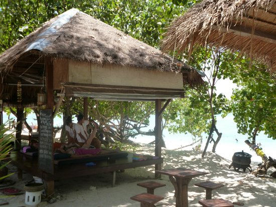 Paradise Resort Phi Phi: Espace massage du Paradise resort