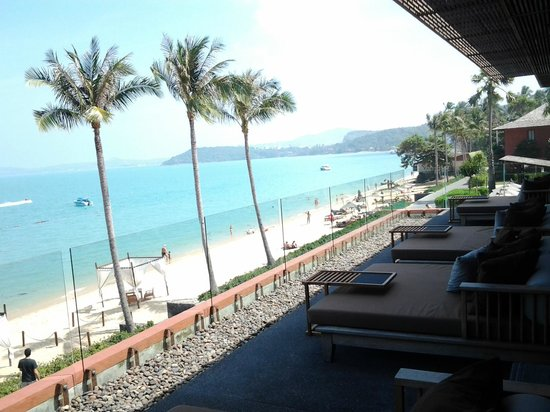 Hansar Samui Resort : beach