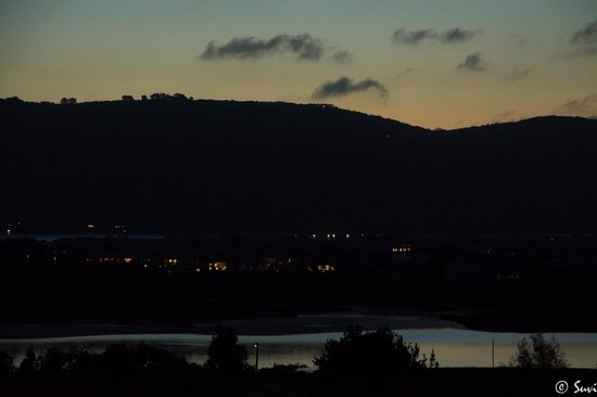 Knysna B&B King of Kings: Night view from the balcony
