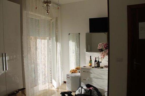 Sorrento Inn: room with balcony