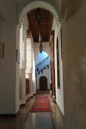 Dar Alhambra: General Corridor View