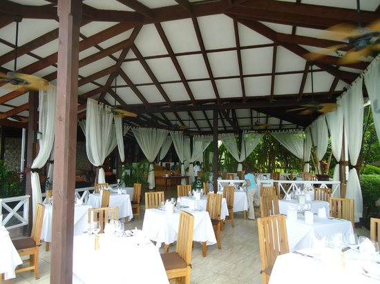Ti Kaye Resort & Spa: the restaurant