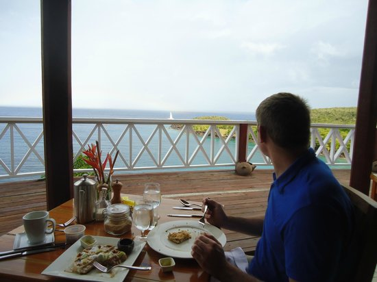Ti Kaye Resort & Spa: looking out at the water during meals