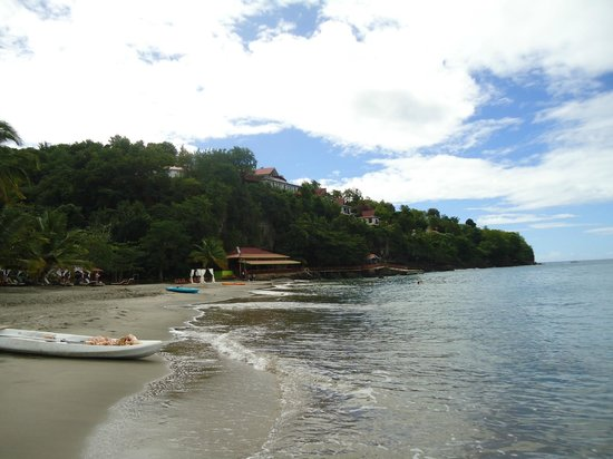 Ti Kaye Resort & Spa : view of the resort  on the beach
