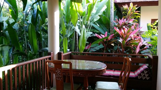 Oriental Siam Resort: Private porch