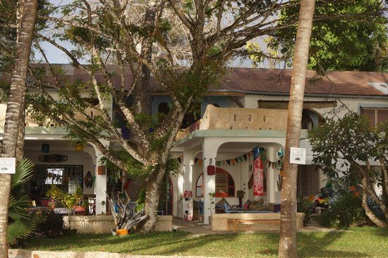 Kenyaways Beach Bed & Breakfast: Ilot de verdure