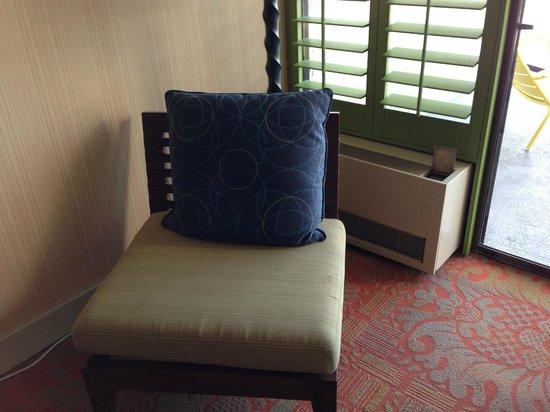 Hotel Maya - a DoubleTree by Hilton Hotel: Sitting Area