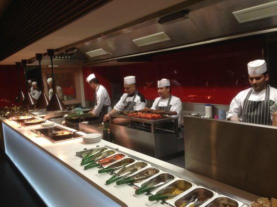 Feast Junction: Healthy option Live cooking stations..