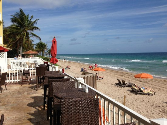 Sandbar Grille : View from the patio