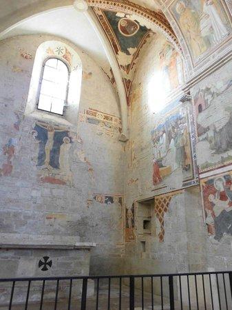 Church of St. Fortunato : Cappella affrescata
