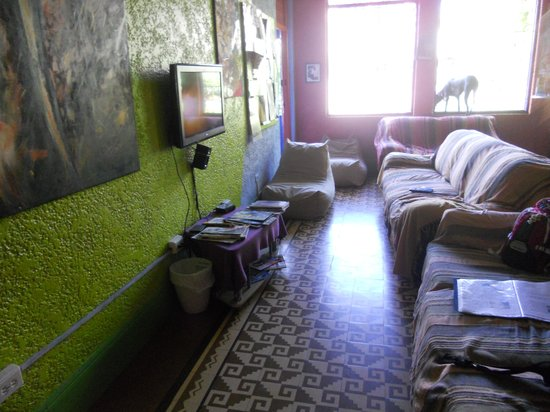 Hostal Mamallena: The livingroom