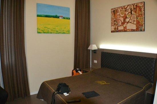 Ferton Hotel: habitación