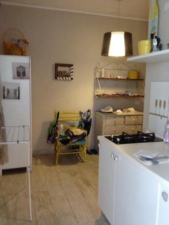Villa Sea Rose : Cucina Appartamento Basiluzzo