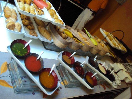 Hotel Charleston Santa Teresa: café da manhã
