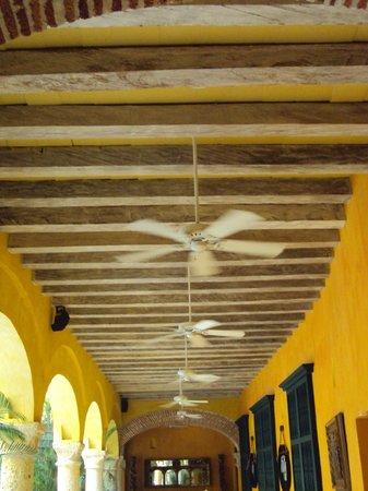 Charleston Cartagena Hotel Santa Teresa: corredor inferior