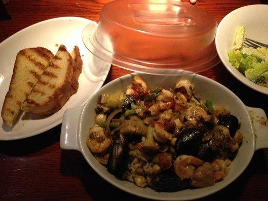 Red Lobster: Portofino Seafood Bake