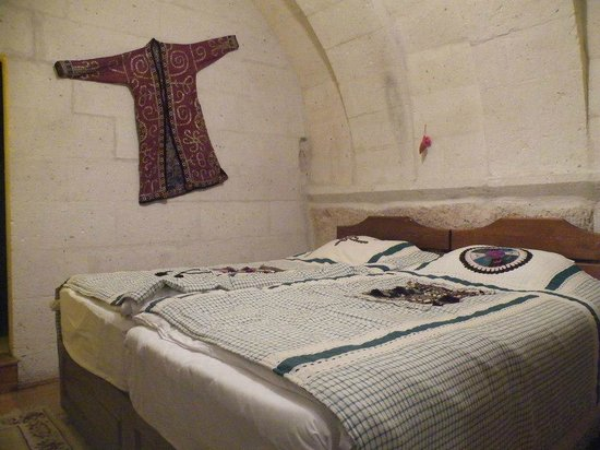 Cappadocia Cave Suites: Our cave room (room 108)
