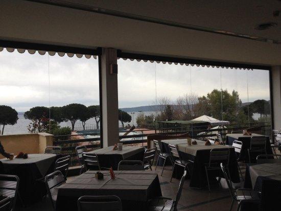 Alfredo Hotel: Vista dalla sala colazione