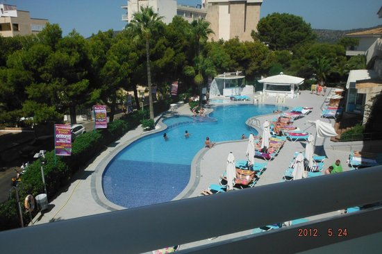 Sotavento Apartments: Pool and our view