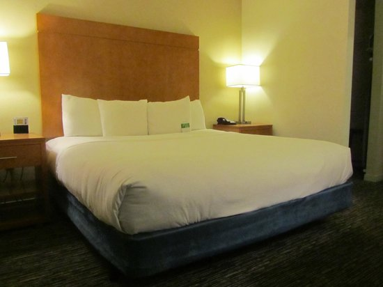 HYATT house Scottsdale/Old Town: Bedroom