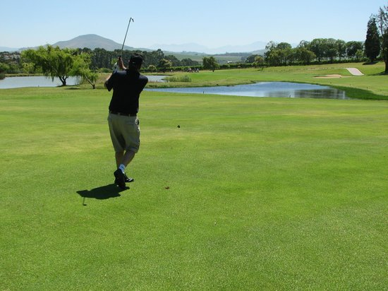 Devonvale Golf & Wine Estate : Having an excellent round of golf