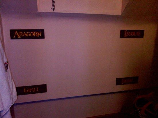 Castle Rock Hostel: names for the bunkbeds