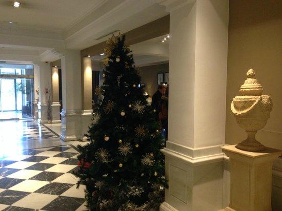 Melia Recoletos Hotel: Entrada
