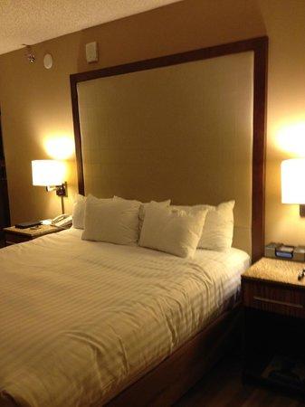 Hyatt Regency Denver Tech Center: Comfortable bed